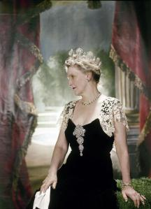Nancy_Astor,_Viscountess_Astor