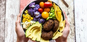 healthy-bowl-GettyImages-900239716-640x313